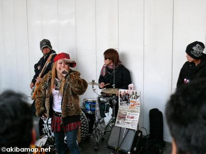 http://sound.jp/yumeiro-monster/